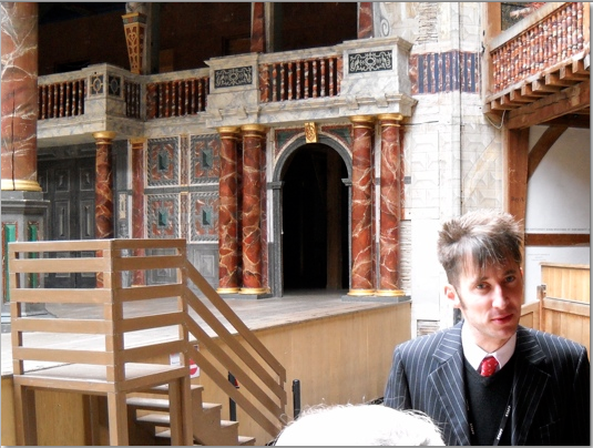 Tour guide at globe theatre london