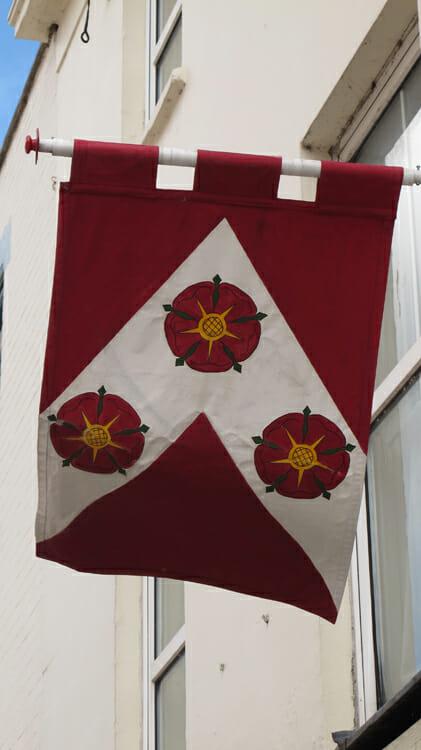 photo, image, flag, tewkesbury, war of roses