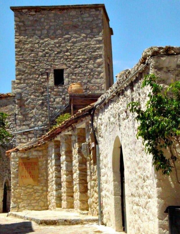 photo, image, tower house, mani peninsula