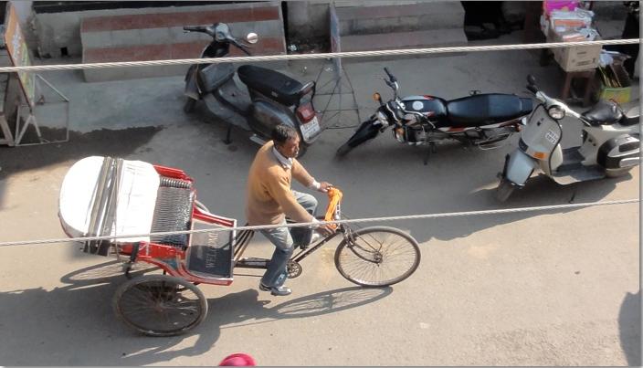 Not the same rickshaw - my trip was at night.