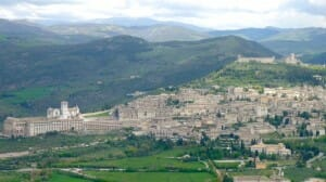 Solo Travelers Celebrate – and think Umbria