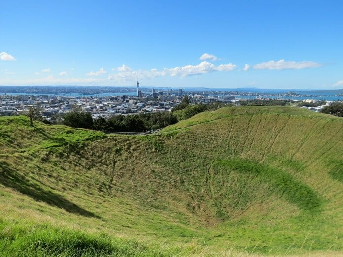 photo, image, mount eden, new zealand