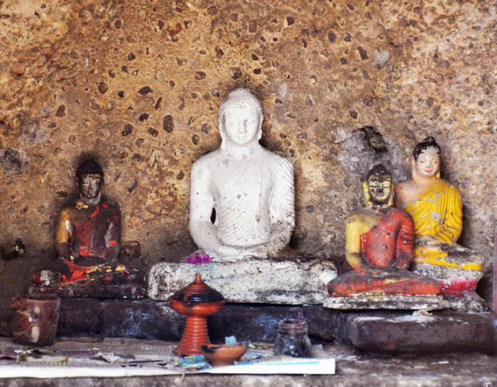 group of buddha