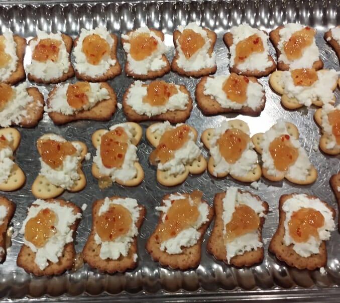 photo, image, crackers, goat cheese