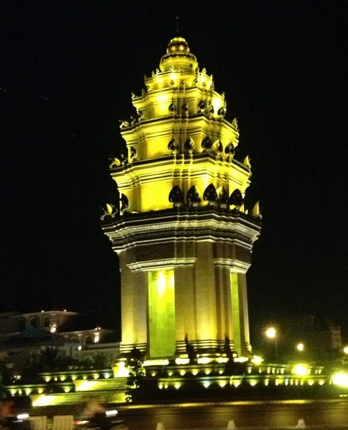 photo, image, independence monument, phnom penh