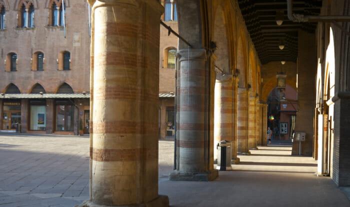 The portico under the