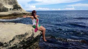 photo, image, white rock, ilocos norte, philippines