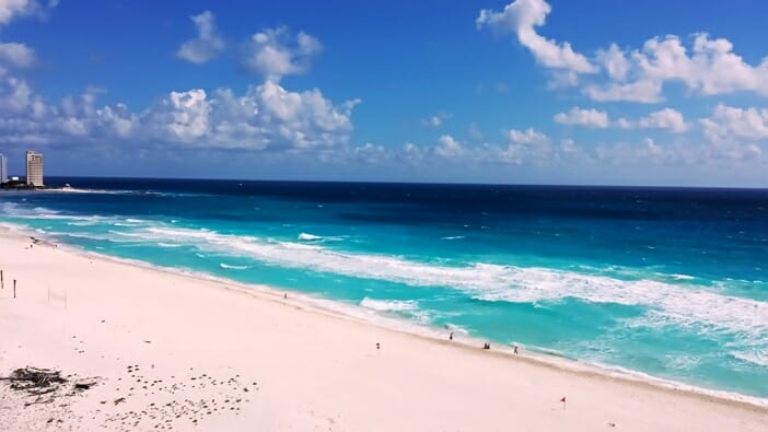 Solo in the Sun: How to Manage and Enjoy the Beach Alone