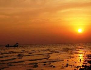 Pic of the Week: Sunset in Kampot
