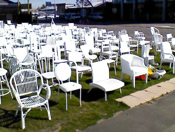photo, image, white chair memorial