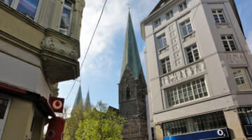 Solo Travel Can Be Easy: Bremen in three hours and 16 photos