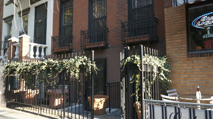 I stayed in this apartment. See New York City Accommodation: the apartment option