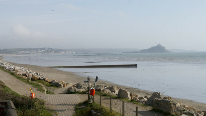 Path from Penzance to Marazion.