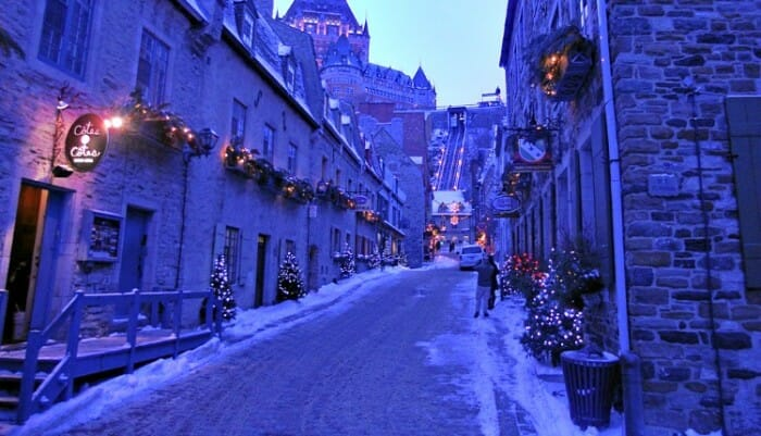 photo, image, quebec city, lower town, funicular