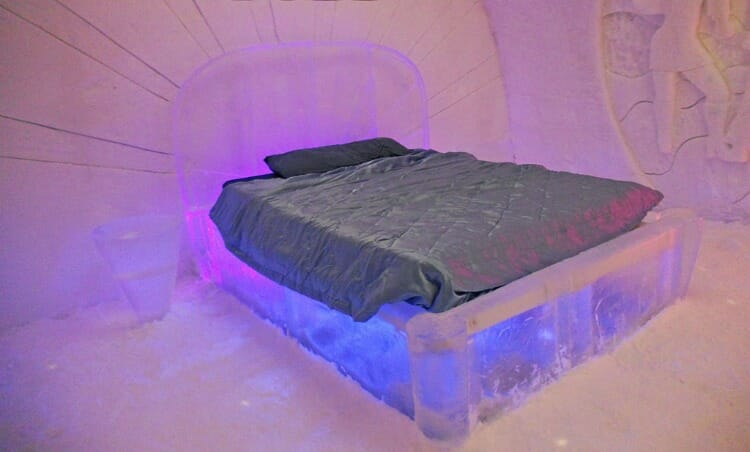photo, image, ice bed, hotel de glace, quebec city