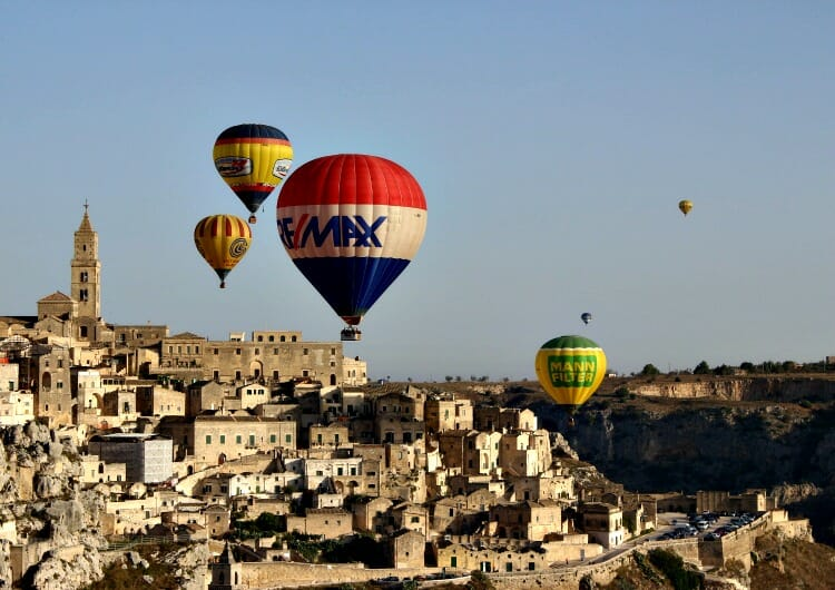 photo, image, balloon festival, matera, italy