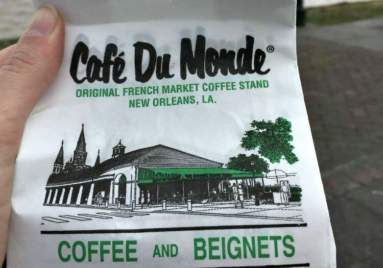 photo, image, new orleans, beignets, cafe du monde