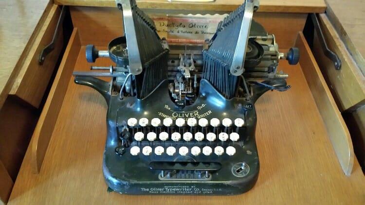 photo, image, typewriter, abitibi, domaine breen