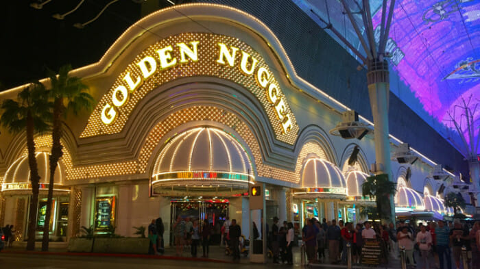 The Golden Nugget lit up at night.