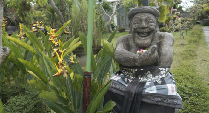 And here is a similar joyful welcome in a statue at a restaurant visited later in the day.