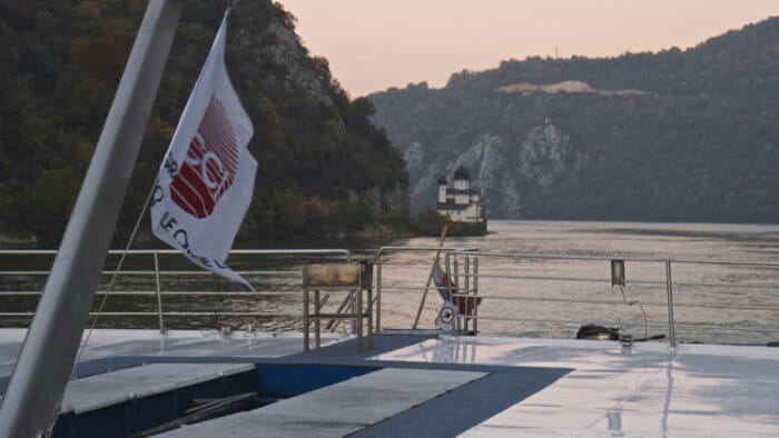 solo cruise on river cruise ship
