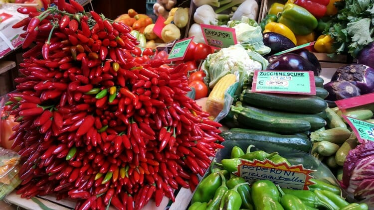 photo, image, peppers, one hour tour of bologna
