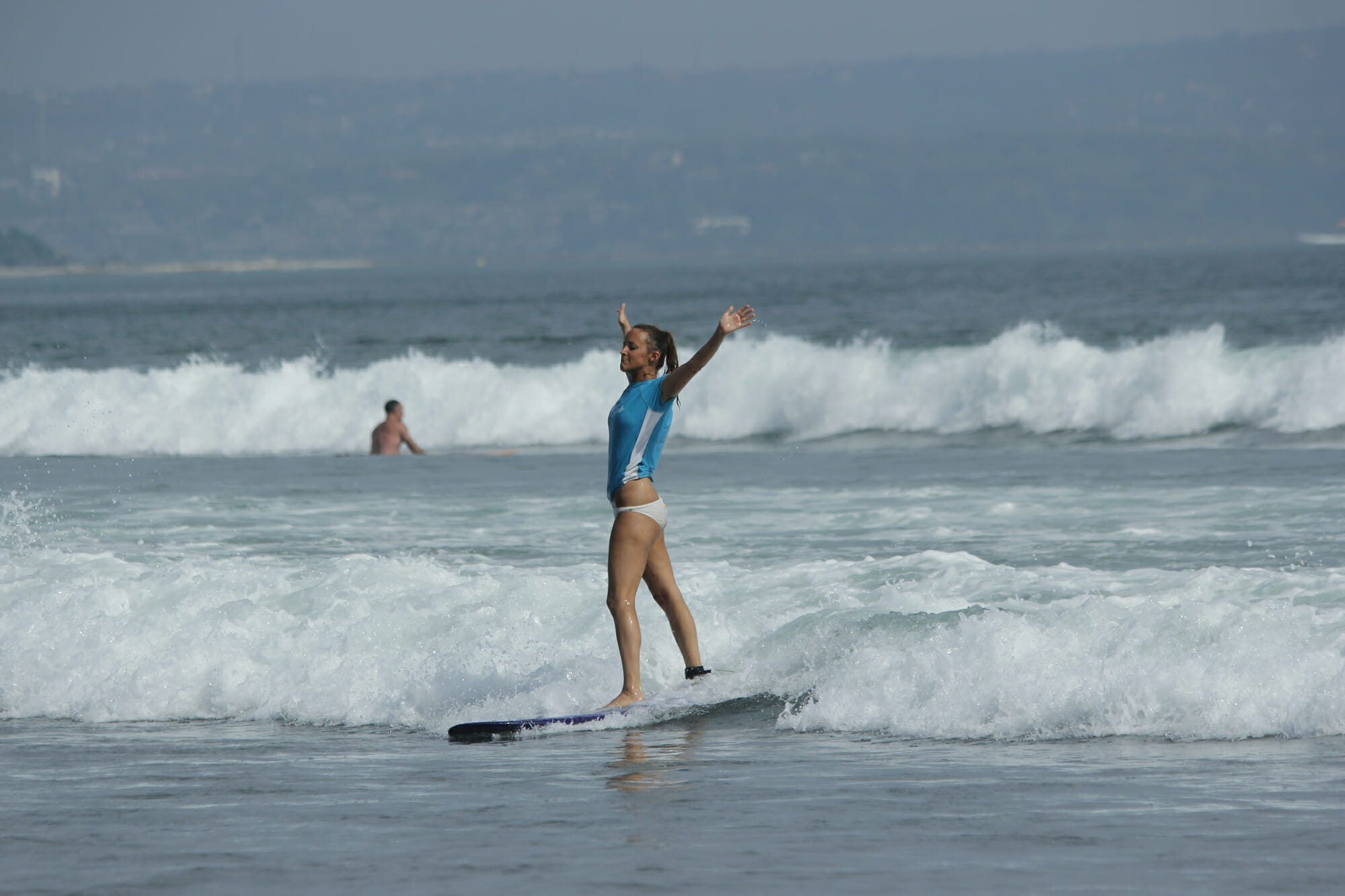 solo surfing