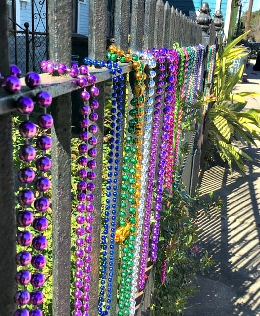 photo, image, beads, solo at mardi gras, new orleans