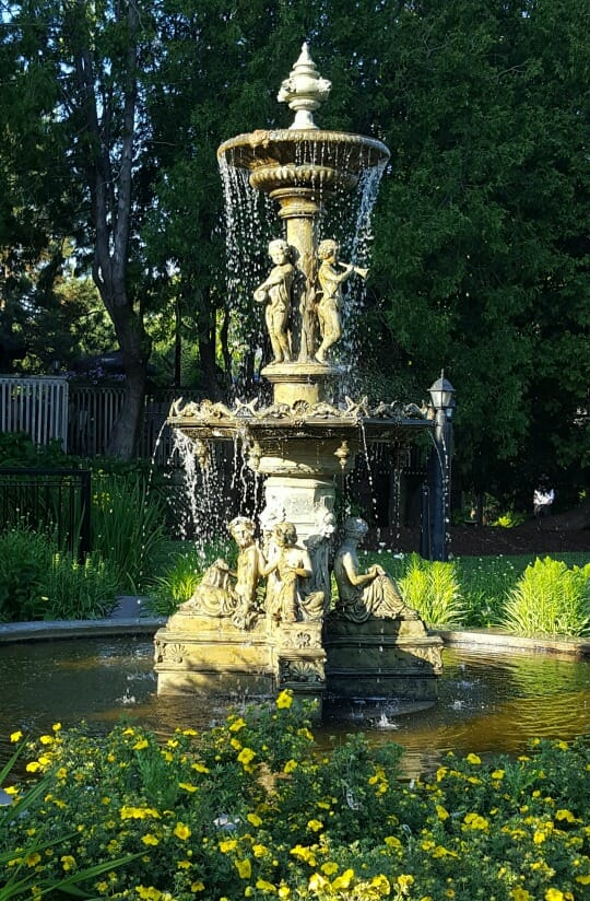 photo, image, fountain, elm hurst inn and spa, oxford county, surprising destinations