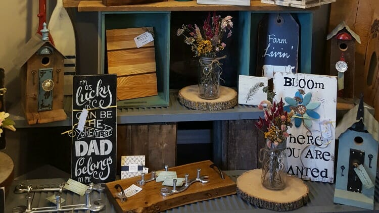 photo, image, store, oxford county cheese trail, wooden pearl