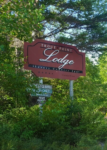 photo, image, sign, trout point lodge