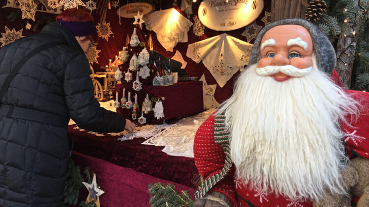 Christmas Solo.Christmas Markets In Munich Perfect For Solo Travelers