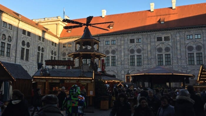 Christmas markets in munich perfect for solo travelers for Who s perfect munchen
