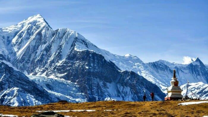 manang, annapurna mountains