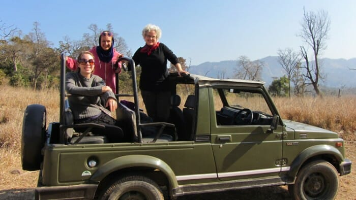 photo, image, women in jeep, expand your horizons