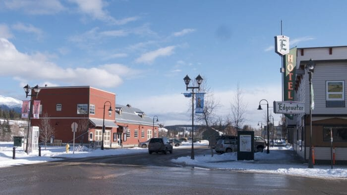 photo, image, downtown, solo travel to whitehorse