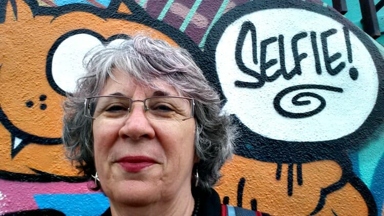 photo, image, selfie with graffiti, women welcoming women