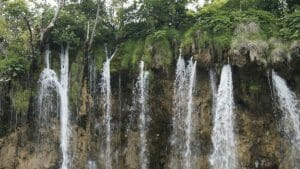 Plitvice Lakes, Croatia: Sprinklers and Waterfalls