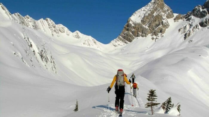 photo, image, skiers, adventure travel western canada