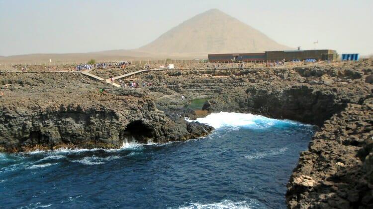 photo, image, buracona caves, sal island, cape verde,