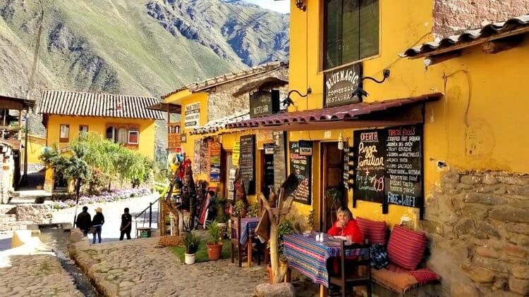 photo, image, street scene, ollantaytambo, peru