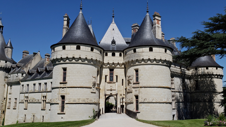 chateau to chateau walking tour, loire valley