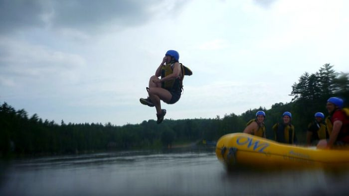 photo, image, jumping in water, whitewater rafting ottawa river, ontario getaways