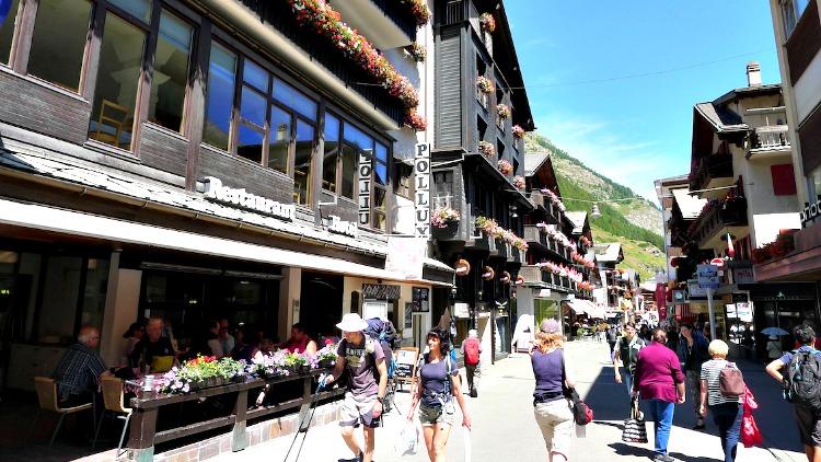 photo, image, Bahnhofstrasse, Zermatt, switzerland