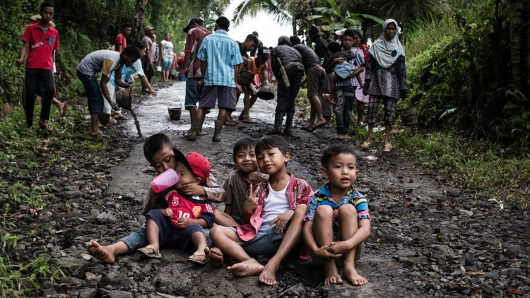 photo, image, children, indonesian jungle