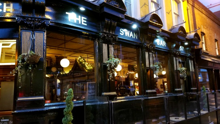 photo, image, swan bar, exploring ireland