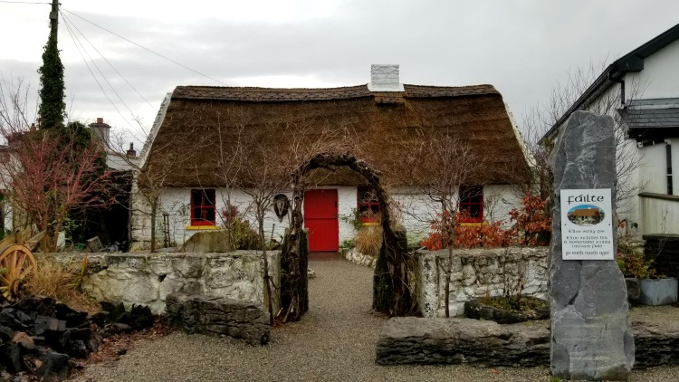 photo, image, claddagh cottage, exploring ireland