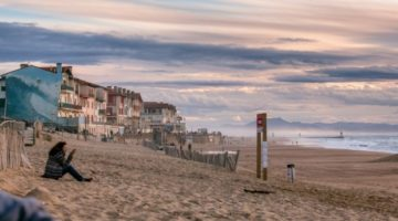 At the Beach Solo – 20 Tips for You and Your Things