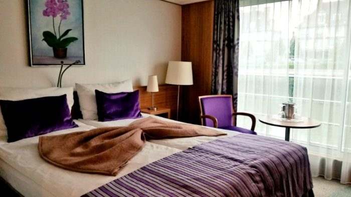 accommodation for solo travelers, cabin, river cruise