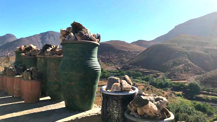 photo, image, clay pots, morocco landscape
